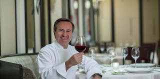 Francia. Per Les Etoiles de Mougins, chef e stelle da tutto il mondo e Pizza gastronomique.