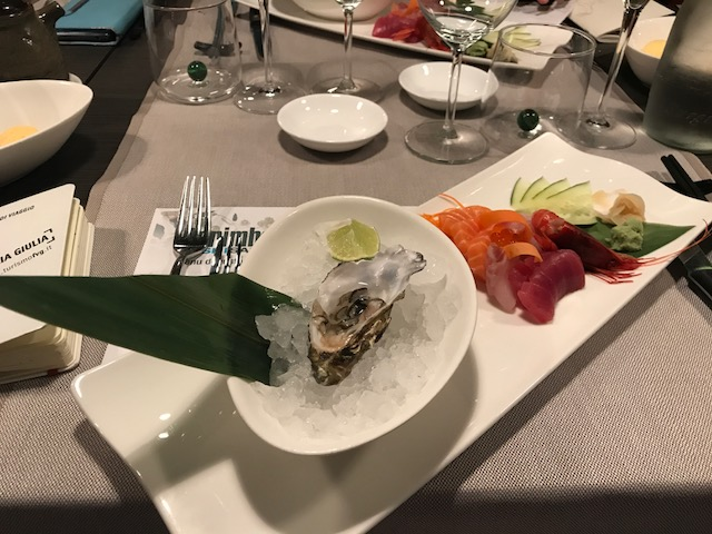 berimbau_ostrica_sashimi