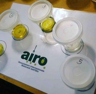Il nuovo corso per Assaggiatori d'olio di AIRO a Milano